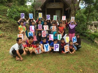 Englishtype - Returns to Indonesia-5