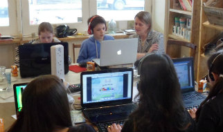 Englishtype-Touch-Typing-in-the-Classroom--Home